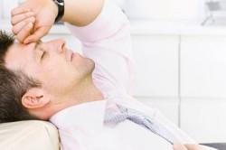 Боль в области яичка  - показание к операции