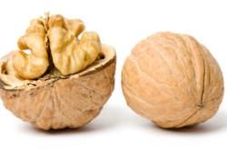 Вред орехов перед операцией