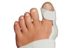 Бандаж после операции шишки на ноге