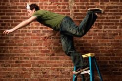 Разрыв  ахиллова сухожилия вследствие падения